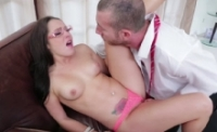 Porno hard con la gran troia Lola Foxx